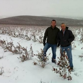 Cort brazelton dick mombell in snow east wa liberty field 2011-2